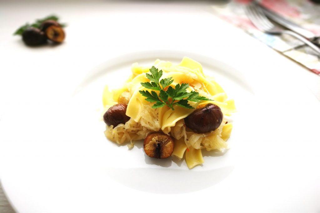 Krautfleckerl, vegetarisch kochen, Krautnudeln, Kraut, Nudeln, Pasta, Herbst, Mittagessen, Abendessen, Kinder, was koche ich heute, was esse ich heute, Schnelle Küche