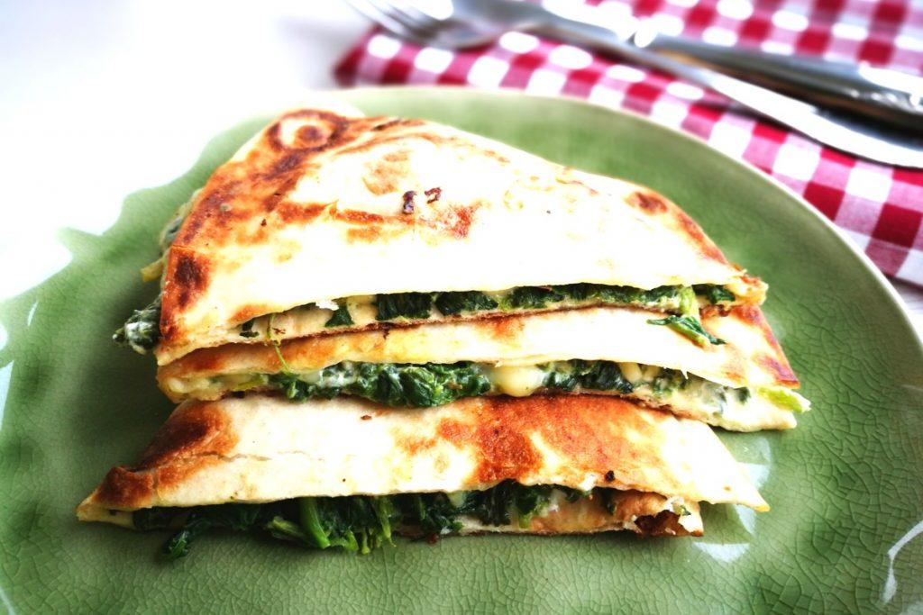 Spinatquesadilla, Spinat, Quesadillas, Quesadilla, Mittagessen, Abendessen, vegetarisch kochen, Partyfood, Gäste, gesundes Essen