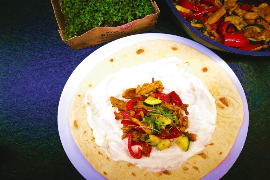 wraps, Gemüsewrap, Vegini, Vegini Streifen süß-sauer, vegetarisch kochen, schnelle Küche, was koche ich heute, Erbsenprotein, Partyfood,
