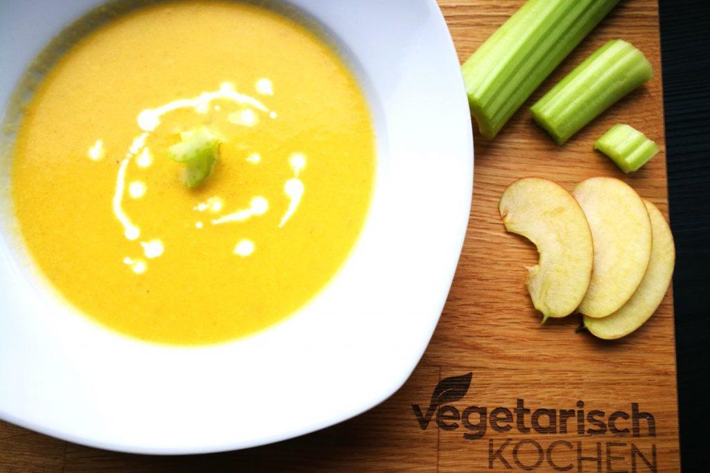 vegetarisch kochen, Apfel, Sellerie, Stangensellerie, Staudensellerie, Gemüse, gesund kochen, was koche ich heute, Suppentiger, Suppenzeit, Winter,