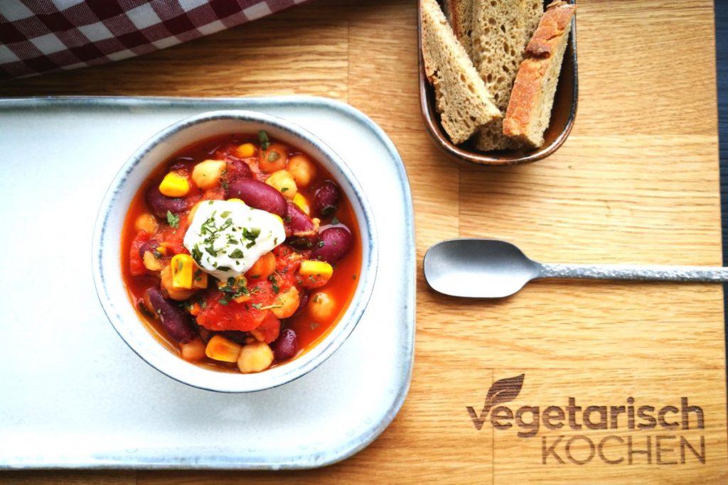 vegetarisch kochen, vegetarisch, vegan, Chili, scharfes Essen, was koche ich heute, Partyfood, für Gäste kochen, Mittagessen, Abendessen, Eintopf, Onepot